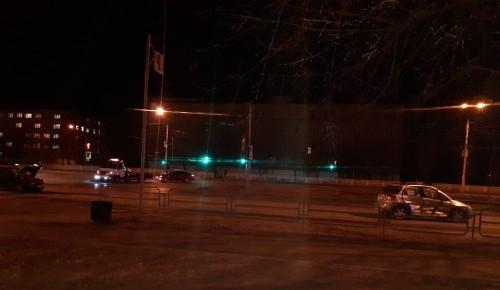 Не заметил пешехода? Водитель «Гранты» сбил женщину на территории парковки