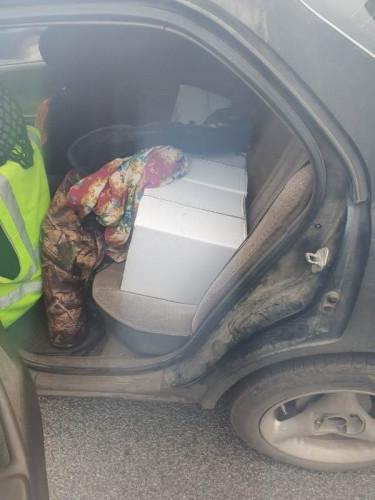 Бойкая торговля шла в гаражах. У магнитогорца изъяли 2,5 тысячи бутылок контрафактного алкоголя