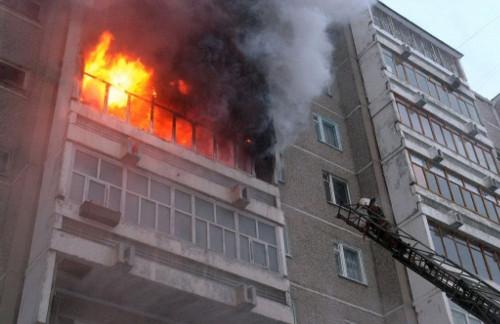 Не паникуйте и зовите на помощь. Магнитогорские пожарные рассказали, как вести себя во время пожара в многоэтажном доме