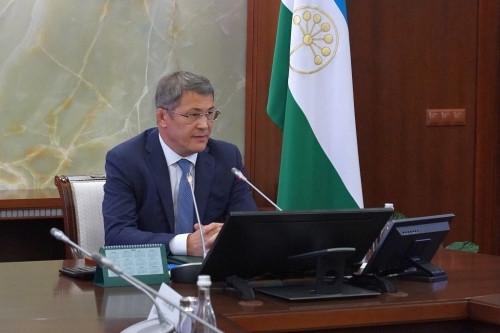 Текслер на этой неделе примет решение по режиму ограничений на Южном Урале. А в Башкирии введут антиковидные паспорта