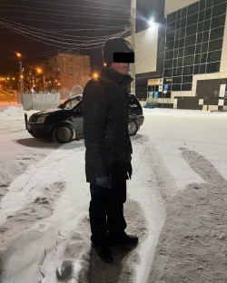 Как сговорились! В районе железнодорожного вокзала Магнитогорска хулиганы били оконные стекла